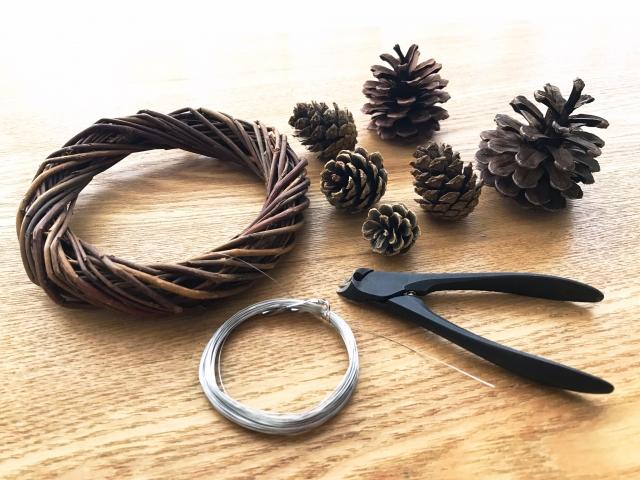 リース作りによく使われる道具・材料まとめ