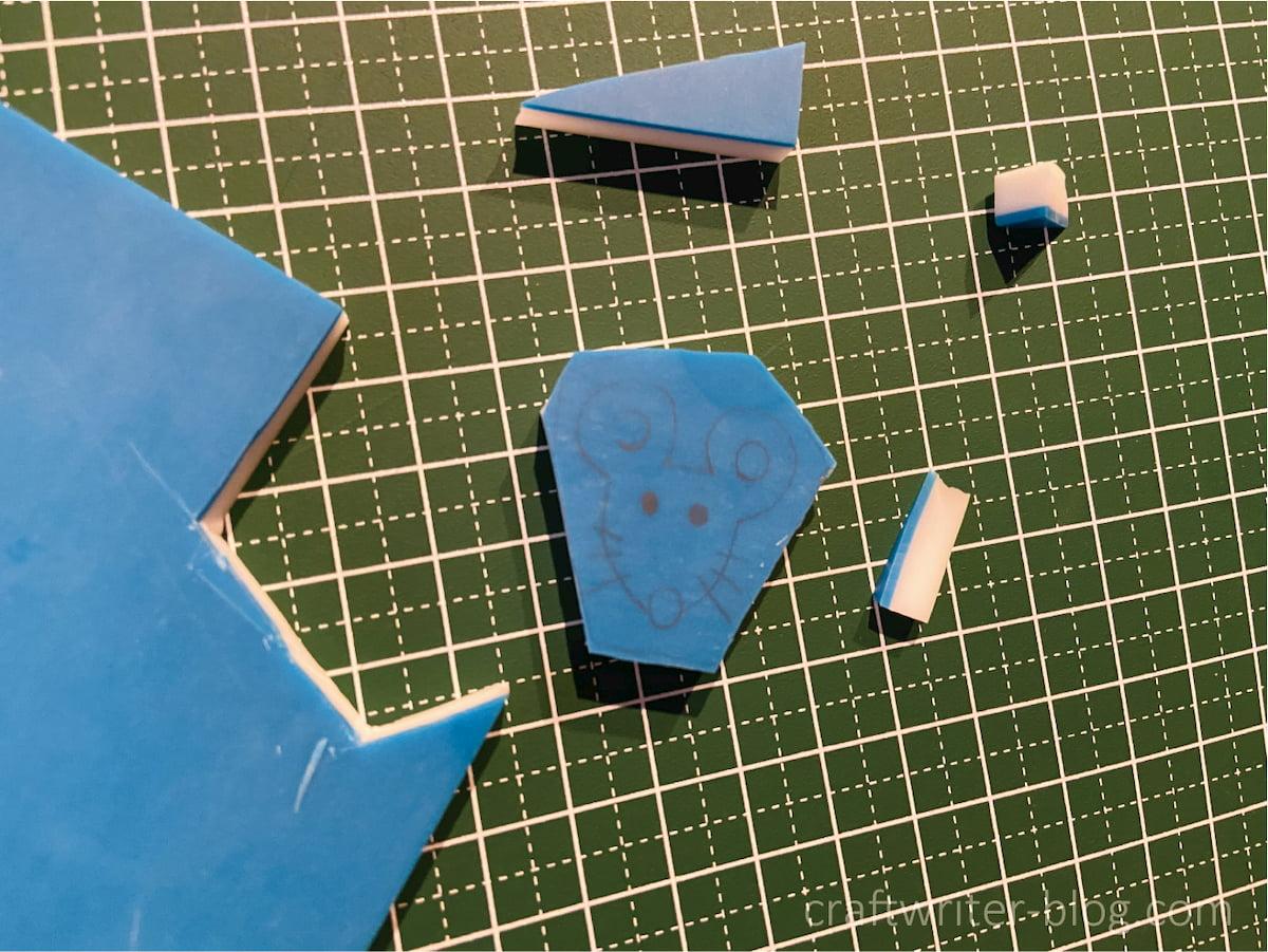 消しゴムはんこを彫る前の準備~図案をゴム版に転写